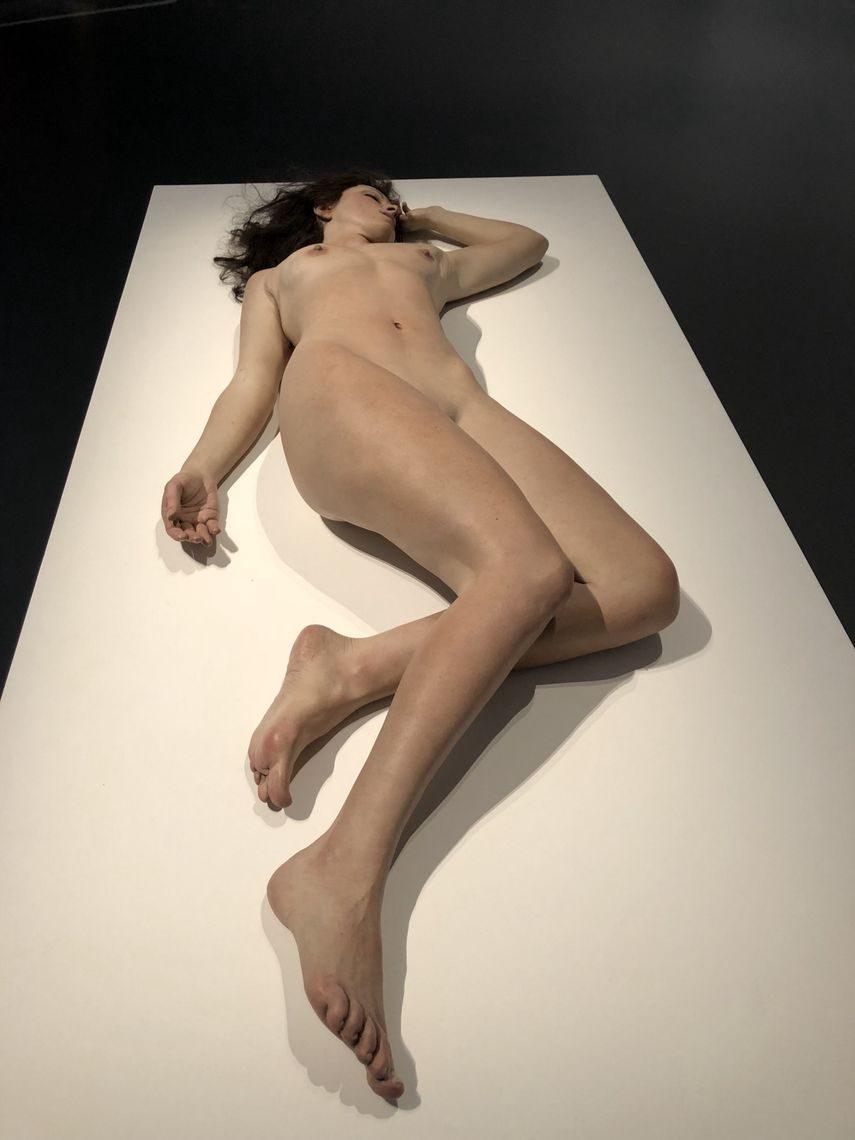 hyperrealism sculpture exhibition review 3
